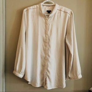 Ann Taylor scallop trim blouse
